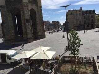 Bordeaux: Bel appartement moderne vue exceptionnelle sur la Basilique St Michel