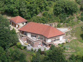 panoramic location !!! The Orchid House, cottage