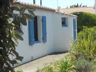 Jolie maison de pecheur a 30 m de la plage - ile de Noirmoutier