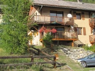Charming apartment in CEILLAC to enjoy the sun, ski or hike