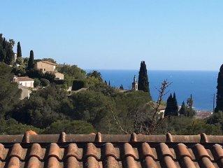 Villa 6 couchages, grande terrasse, vue mer, proche des plages
