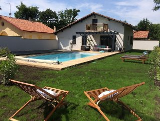 Maison landaise rénovée, piscine chauffée, au lac de Soustons, proximité plages