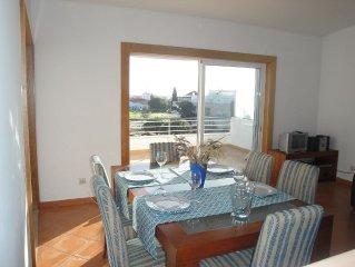 Attique avec terrasse panoramique, lumineux, spacieux, calme, piscin
