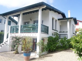 BASQUE COUNTRY VILLA IN THE HEART OF THE BEACH WA