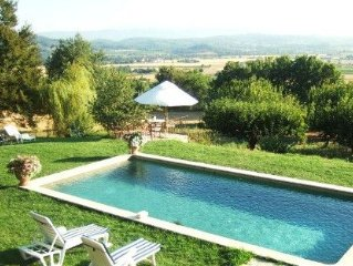 house for 4 people in Provencal farmhouse in Laco