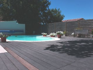 Pertuis Luberon Vaucluse house 4 pers pool and air conditioning
