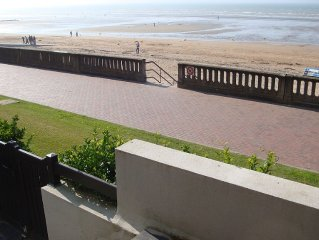 Appartement en front de mer Cabourg centre