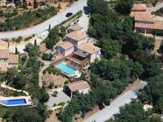 Villa vue mer avec piscine a debordement, plein sud, entre 8 et 13 personnes