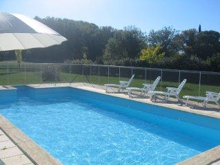 Villa 4 chambres avec piscine chauffée privée et grand jardin clos à Lourmarin