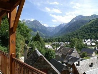 Résidence en vallée du louron avec superbe vue sur fond de vallée