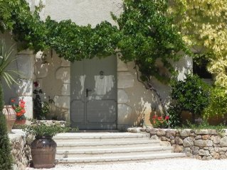 Magnificent 280m2 Mas charm, ideal South of France family quiet
