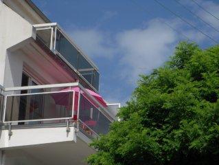 à st Quay Portrieux :appart T2,grde terrasse sud ,50m de la plage ,parking privé
