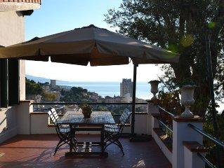 Appt 75 m2 dans Villa+Terrasse 28 m2 -barbecue dominant la Principaute de Monaco