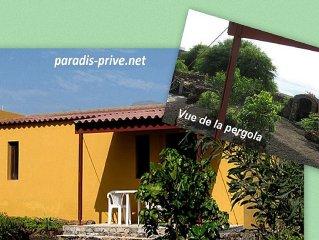 Pavillon   Doucimar . Situé à côté de Porto Novo au lieu dit Praya de Topo