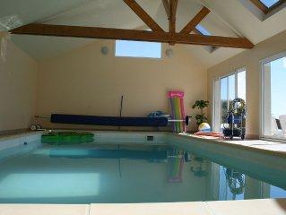 villa 4* piscine intérieure ,billard ,baby, ping pong,tennis à 100m