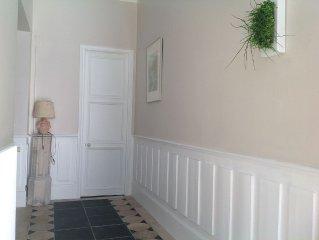 Appartement F4 avec moulures Epoque Empire,restauré et présentant confort actuel