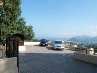 belle  villa 200m2 sur les hauteurs vue mer piscine privée standing confort
