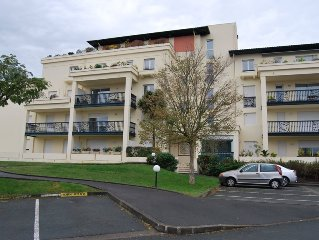 Furnished apartment T3 in residence Quiet Anglet South