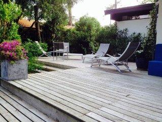 Villa contemporaine. 44 hectares - 50 m Mimbeau - PMR.  Anim. Offre spe Avril!!!