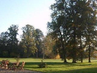 Chateau du Perche, grand gite, sur parc arbore, proche ville et commodit