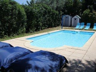 Appartement dans une maison vigneronne avec piscine, 2 chambres, 4 personnes