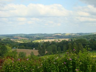 Gite au calme en perigord pour un sejour tout proche du cognac et d'Angoulem