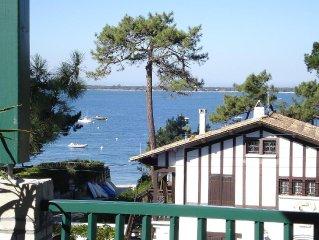Superbe appartement vue sur mer a 270 o a 20 metres de la plage