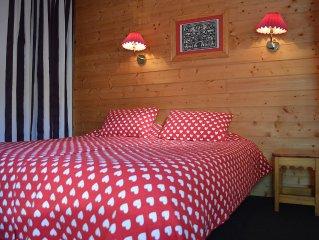 Appartement 6 couchages dans residence 4* au pied des pistes, piscine privee
