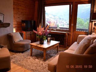 The Tavaillons 1, 4-star apartment in a magnificent alpine chalet