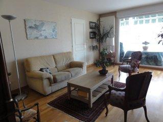 App. 93m2 lumineux calme tt confort, terrasse, garage, hyper-centre, proche gare