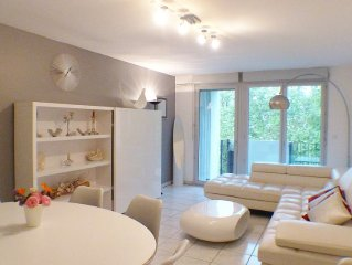 Hypercentre T4 luxe+parking,3chambres,2/6 pers,canal,gare,metros,fibre internet