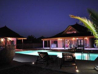 Villa avec grande piscine privée tout confort NIANING CASA MARENDA via Facebook