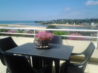 The beach horizon as this holiday apartment 3 rooms with solarium