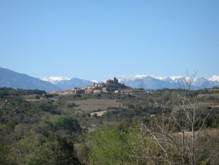 Large family house close to the sea and mountains, terrace, patio, wifi