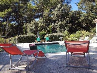 Appartement 70 m² 2 chambres, piscine Aix en Provence  cuisine équipée,climat