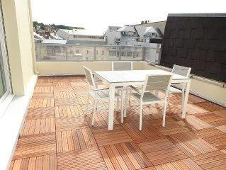 Appartement de 80m2 avec terrasse plein sud, vue mer et port