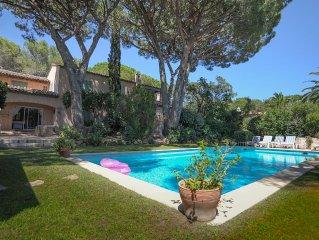 Très belle Villa Provençale  avec accès direct aux plages de SAINT TROPEZ