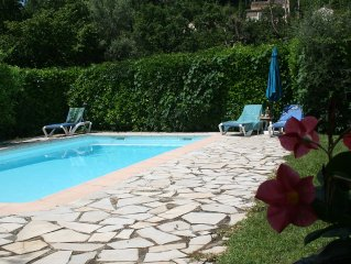 Great villa independent and comfortable for family, next to cote d'azur and Nice