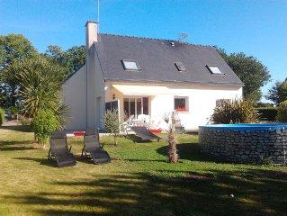 Maison situee entre ville et campagne, jardin clos, au calme, proche des plages