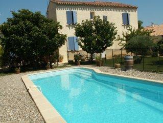Villa,piscine,babyfoot,ping-pong,trampoline proche Mont Ventoux
