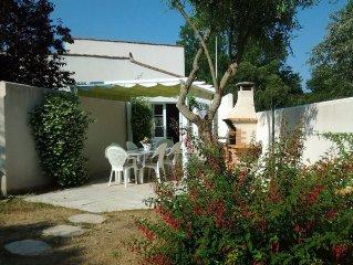Maison avec jardin, au cœur de l'île de Ré, peut accueillir 6 à 8 personnes
