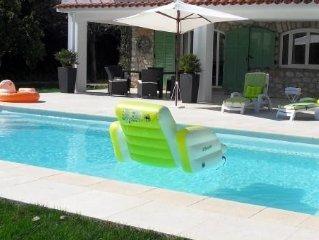 Saint Jean Cap Ferrat Rez de chaussée Villa, 3 P,  piscine, terrasse, jardin