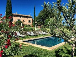 Maison de charme avec piscine dans le Luberon en Provence