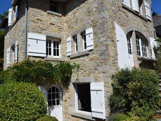 Villa en pierre restauree, 7 chambres acces immediat a la grande plage