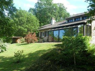 Maison de caractère 8p. avec piscine privée à Loubressac , proche de Rocamadour.