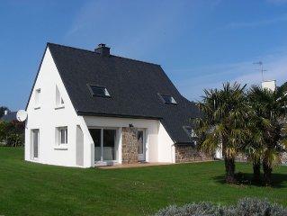 Villa moderne avec vue sur mer face  a l'archipel de brehat - 30 m de la plage