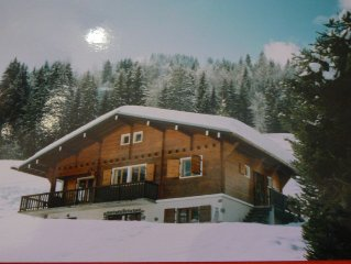 Individual family cottage of 10 beds, fireplace, wifi