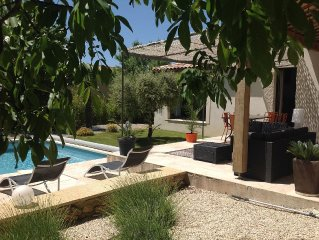 Beautiful contemporary house with swimming pool LOURMARIN