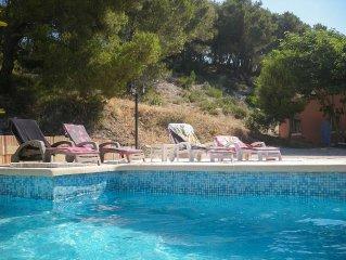Appartement avec piscine privee - 4 personnes maximum