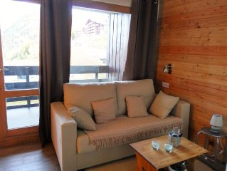 Belle Plagne Apartment, sleeps 5, station wooden